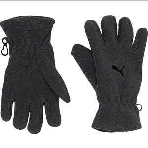 Boys Puma Youth Terrain Gray Gloves. NWT.